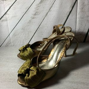 BCBG bronze sandals with bows